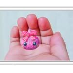 """<b>""""小学生女子に人気のキャラクターが3Dぬりえに!""""</b><br>新感覚ぬりえアプリ【とびだすぬりえ】に<br>サン宝石の「ほっぺちゃん」が新登場"""